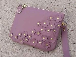 """Кожаная сумочка """"Городские цветы"""" в продаже только до 25 июня!. Ярмарка Мастеров - ручная работа, handmade."""