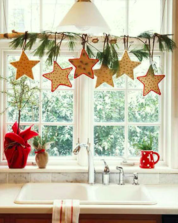 How to Decorate Windows for New Year: 20 Great Ideas, фото № 18