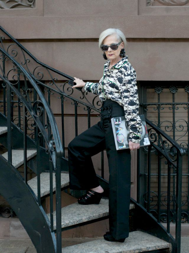 63-Year-Old Lyn Slater: A Professor from New York Became an Internet Star, фото № 10