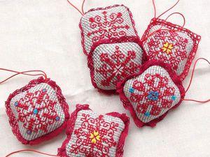 Создание текстильных елочных украшений с вышивкой. Ярмарка Мастеров - ручная работа, handmade.