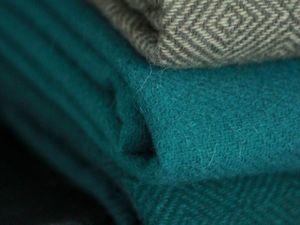 Последние пледы и шарфы в наличии. Ярмарка Мастеров - ручная работа, handmade.