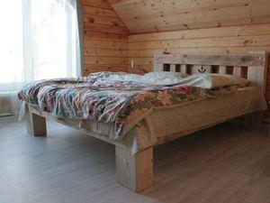 Деревянные кровати в стиле