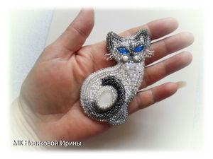 Кошка-брошка: вышиваем бисером голубоглазую сиамскую красавицу | Ярмарка Мастеров - ручная работа, handmade