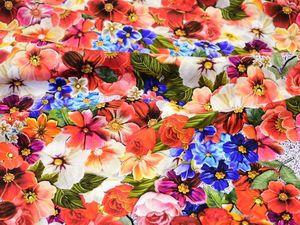 Яркий летний шелк стрейч с цветочным принтом Италия для платья блузки сарафана. Ярмарка Мастеров - ручная работа, handmade.