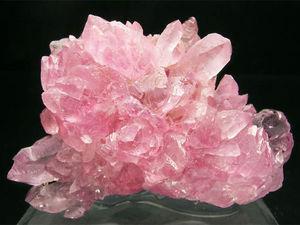 Розовый кварц  - магические и лечебные свойства. Ярмарка Мастеров - ручная работа, handmade.