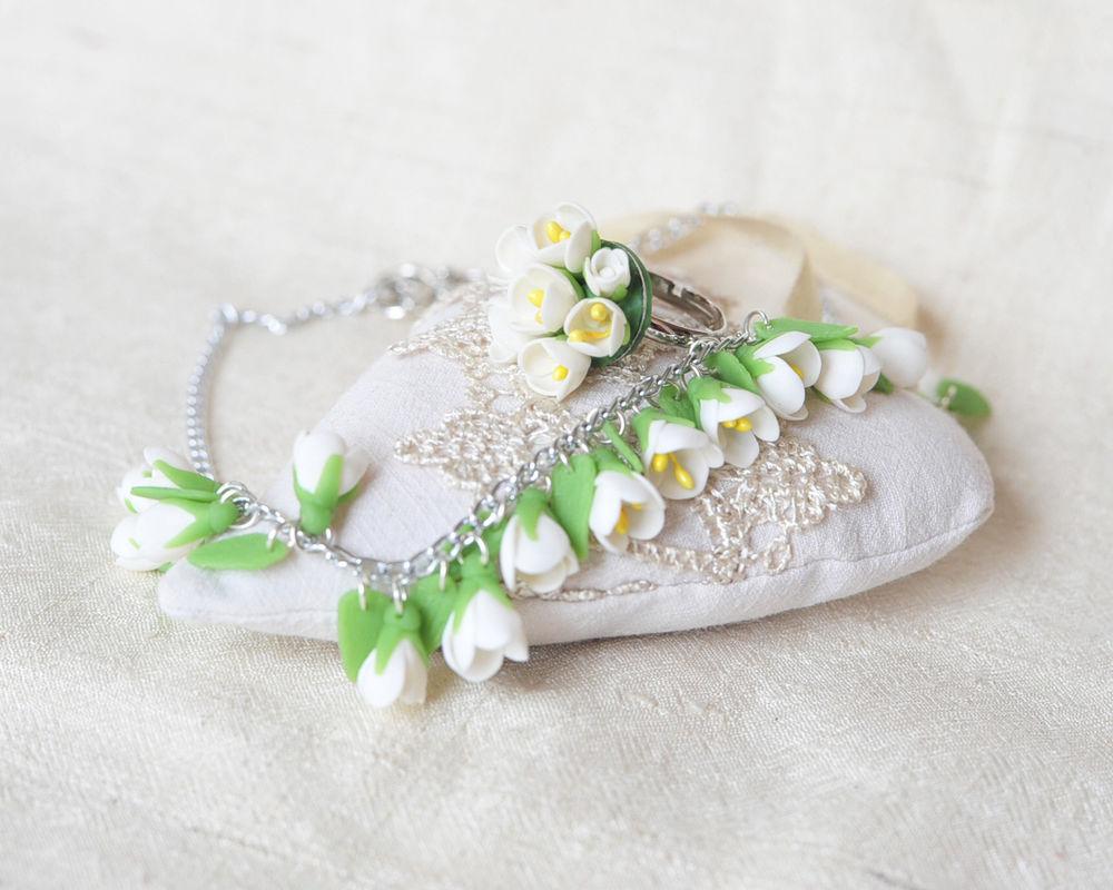 белые цветы, подвеска из цветов