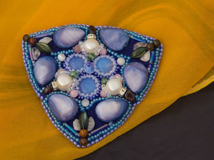 Видео мастер-класс: Брошь орден в стиле Арт Нуво из бисера и камней. Ярмарка Мастеров - ручная работа, handmade.