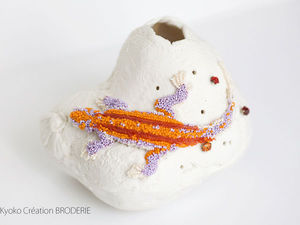 «Вышивка и керамика»: cерия работ дизайнера Kyoko Sugiura и художницы по фарфору Akiko Hoshina. Ярмарка Мастеров - ручная работа, handmade.
