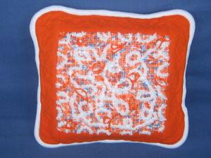 """Скидка 30 % на декоративную подушку из флиса"""" Оранжевое чудо"""". Ярмарка Мастеров - ручная работа, handmade."""