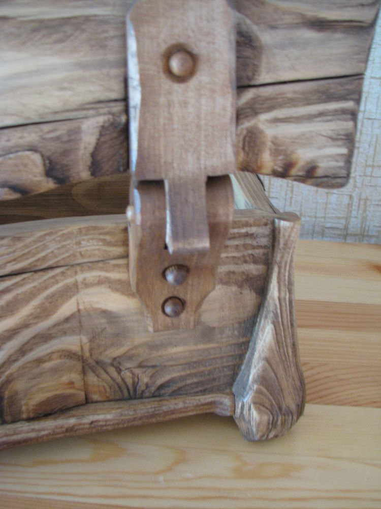 деревянный сундучок