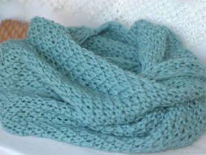 Аукцион на  Голубой вязаный шарф - снуд. Ярмарка Мастеров - ручная работа, handmade.