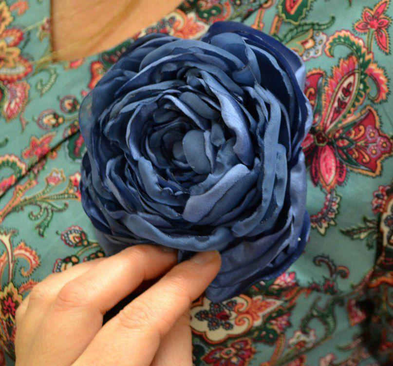 брошь-цветок, подарки к 8 марта, цветок из ткани