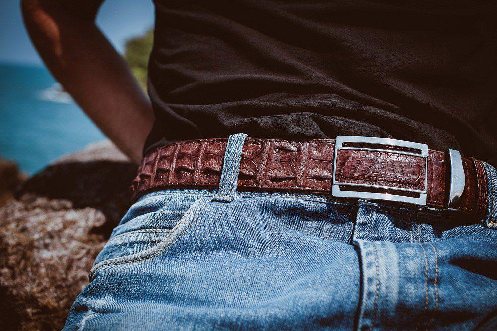 изделия из кожи, кожа питона, изделия из крокодила, уход за изделиями, ремень из крокодила, сумка из ската