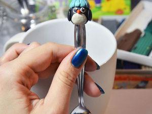 Лепим из пластилина маленького пингвина на десертную ложку. Ярмарка Мастеров - ручная работа, handmade.