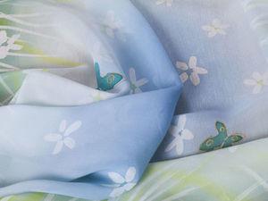 Нежный платок-батик