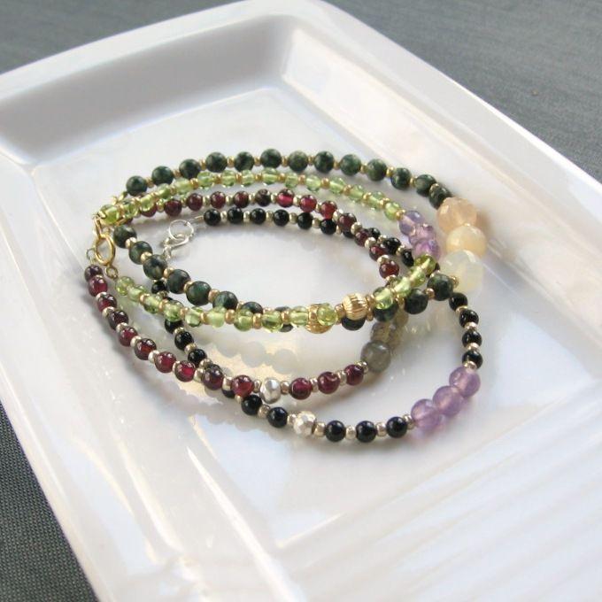 тонкие браслеты, украшения из камней