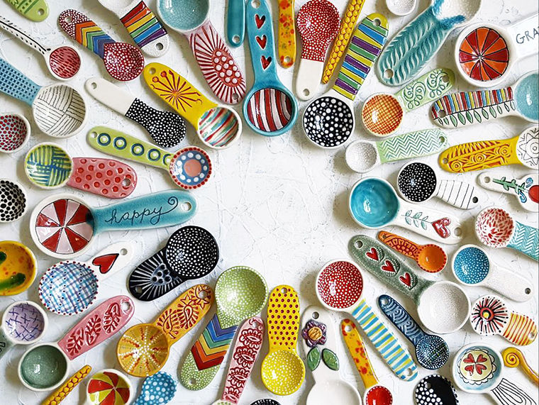 A Love Affair with Clay: Bright Pottery by Charity Hofert, фото № 15