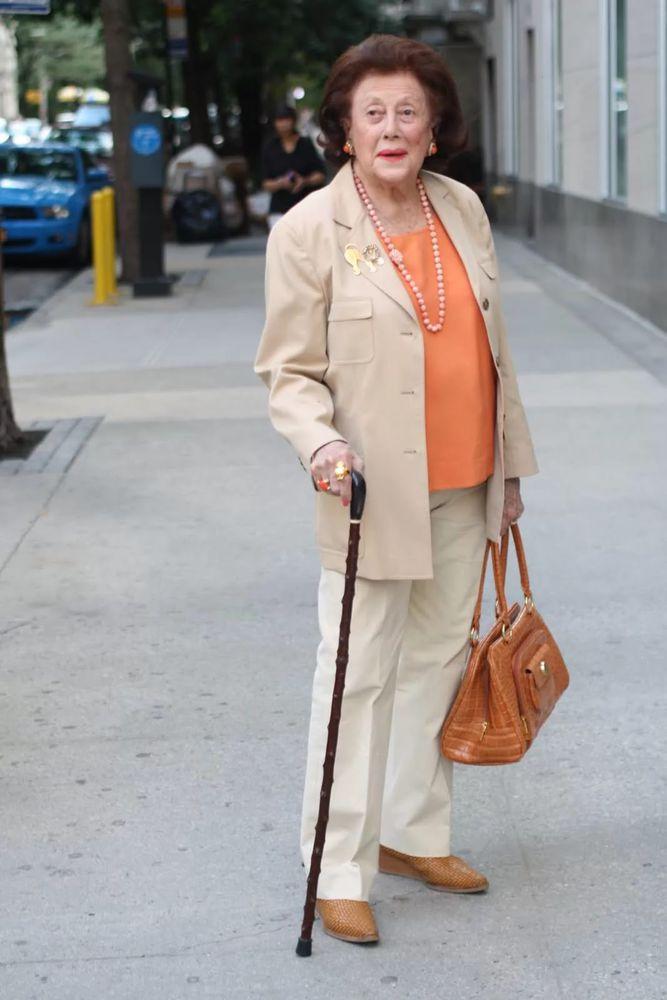 мода для пожилых полных дам с фото вологде купить