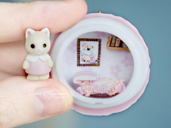 Миниатюрные игрушки домики-медальоны, которые прячутся в печеньках macarons. | Ярмарка Мастеров - ручная работа, handmade