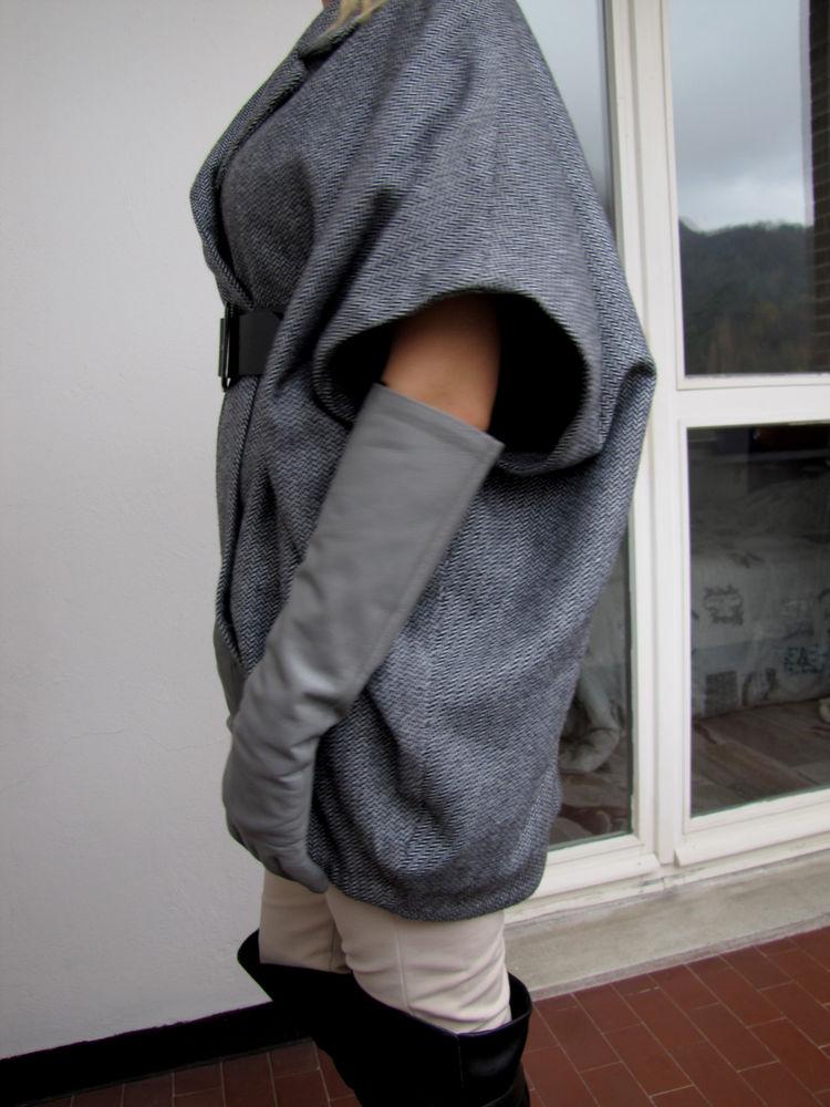 объемное пальто
