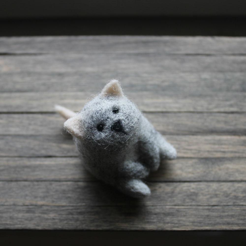 подарок, валяние миниатюры, волк