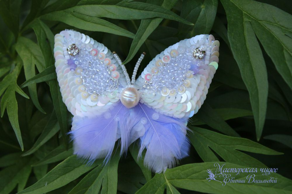 люневильская вышивка, брошь-бабочка
