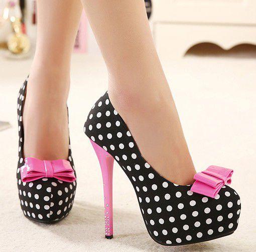 обувь в горох