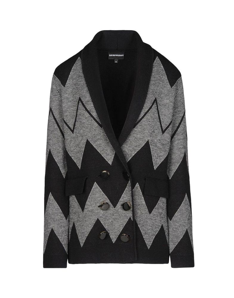 Вязаный блейзер — стильный и актуальный предмет гардероба