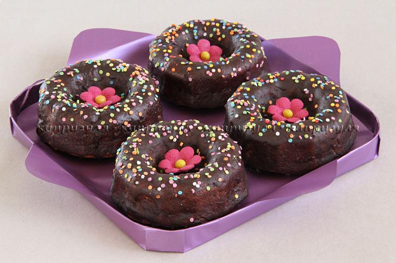 кексы с глазурью, шоколадная глазурь, вкусные кексы, красивые кексы, рецепт кексов, рецепт от капризули, кексы с брусникой, сладкий подарок