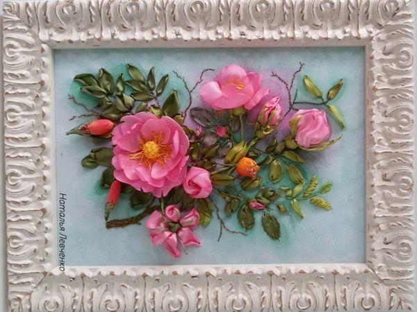 Картина в технике обемной вышивки Розовый шиповник со скидкой 25% | Ярмарка Мастеров - ручная работа, handmade
