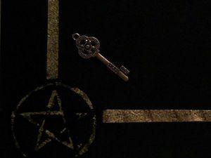---Ведьмины Секреты: Как вести себя на кладбище, чтобы не призвать Смерть раньше срока и не притянуть мертвую энергию. Ярмарка Мастеров - ручная работа, handmade.