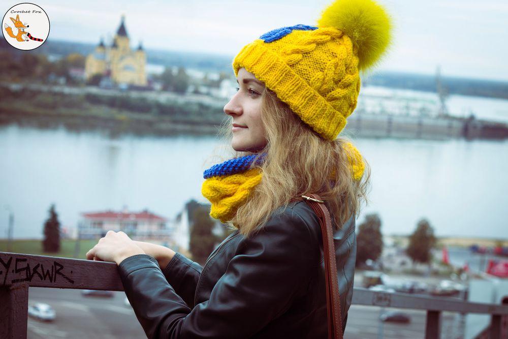 шапка с совой, девушке