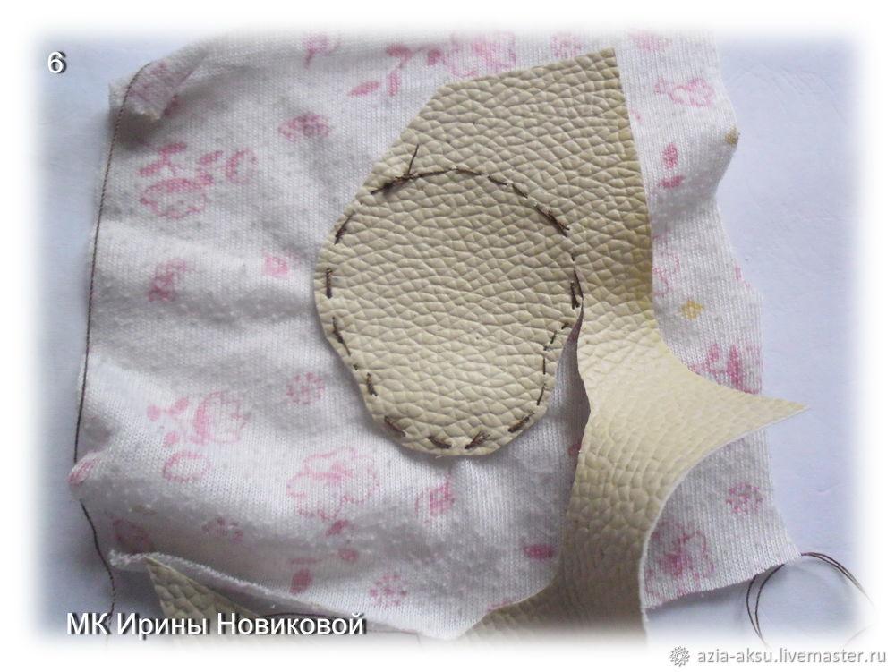 брошка из ткани