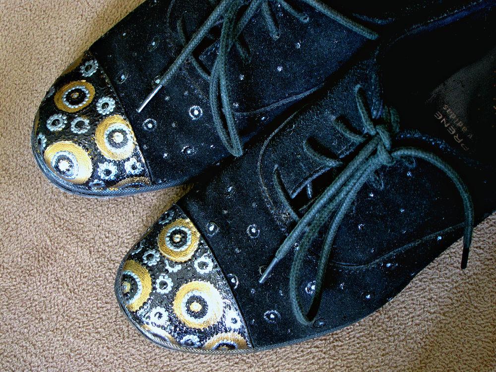раскраска обуви, акриловые контуры, мода