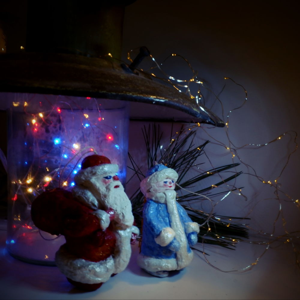 новый год, дед мороз и снегурочка, елочная игрушка