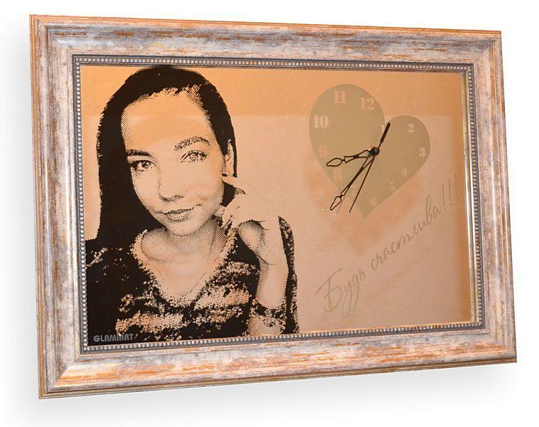 портрет на зеркале, портрет на заказ, портрет по фото, портрет гравюра, портрет по фотографии, портрет девушки