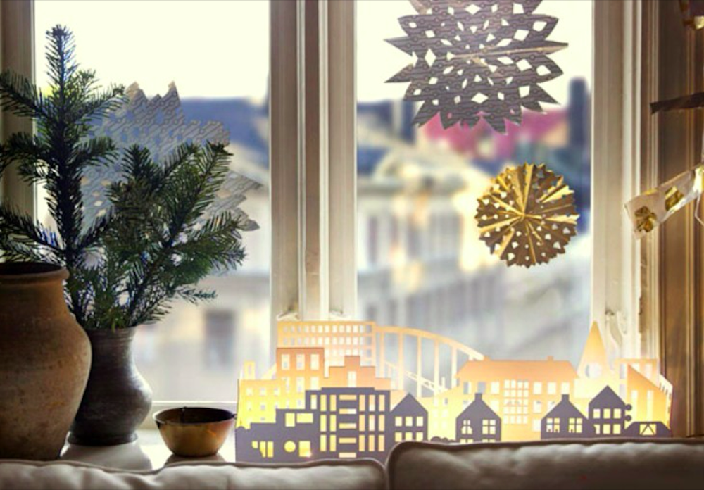 How to Decorate Windows for New Year: 20 Great Ideas, фото № 12