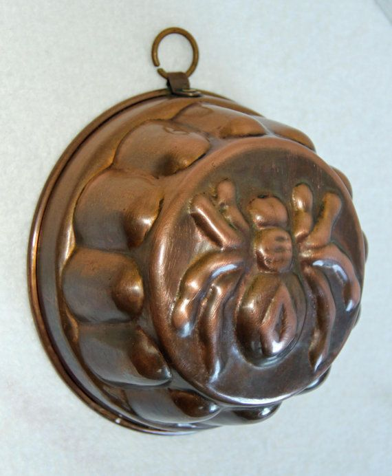 A Rare!! Antique Victorian Era 1837-1901 Copper Baking Mold. Handmade with a black widow spider design. Measures 6 3/4 diameter, 3 1/2 high. In