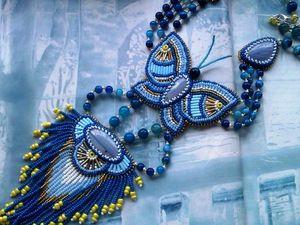 """Аукцион на шикарный длинный вышитый бисером кулон """"Бабочка"""" с натуральными тенгизитами и агатами — сейчас!. Ярмарка Мастеров - ручная работа, handmade."""