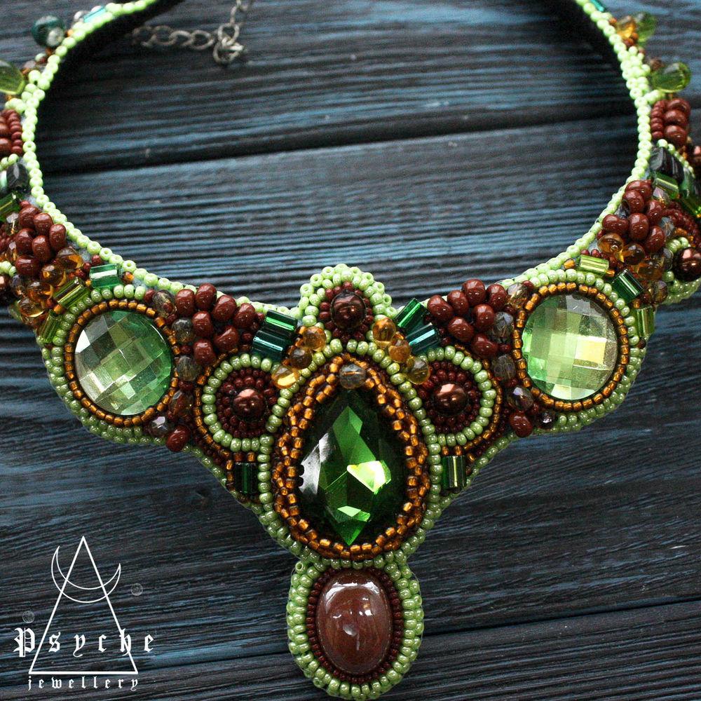 ожерелье с кристаллам