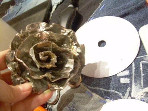 Как сделать из диска розу