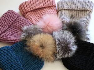 Тепленькие шапочки с меховыми помпонами!!!. Ярмарка Мастеров - ручная работа, handmade.