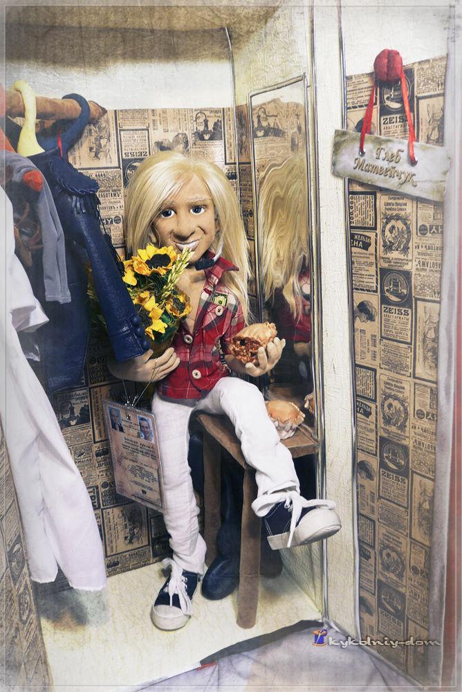объёмное лицо куклы