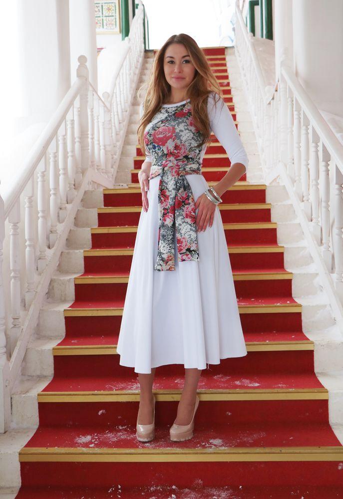 цветы, белое платье, короткое платье, эластичное платье, платье на выход
