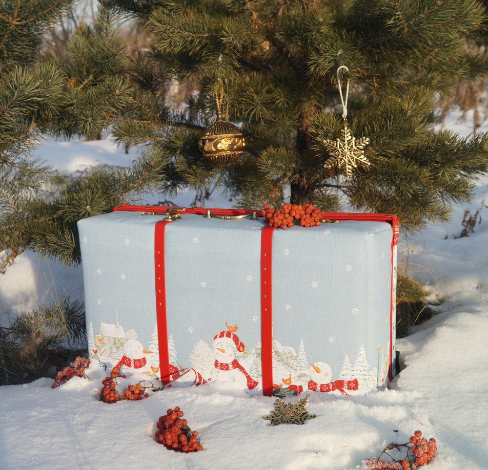новогодний чемодан, рождественский подарок