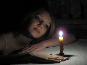 Свеча сгорает- негатив забирает. Ярмарка Мастеров - ручная работа, handmade.
