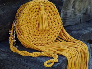 A Crocheted Autumn Sun Handbag from Tricot Yarn. Livemaster - handmade