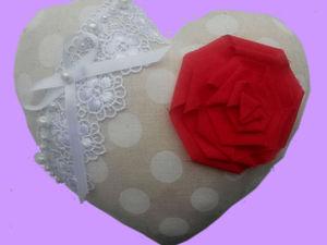 Пошив и декорирование валентинок из льна к Дню Святого Валентина. Ярмарка Мастеров - ручная работа, handmade.
