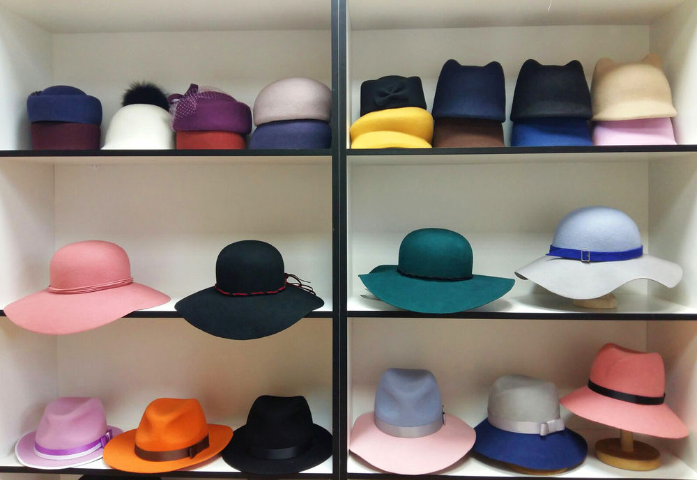 шляпы со скидками, распродажа, подарок девушке, скидка на 8 марта