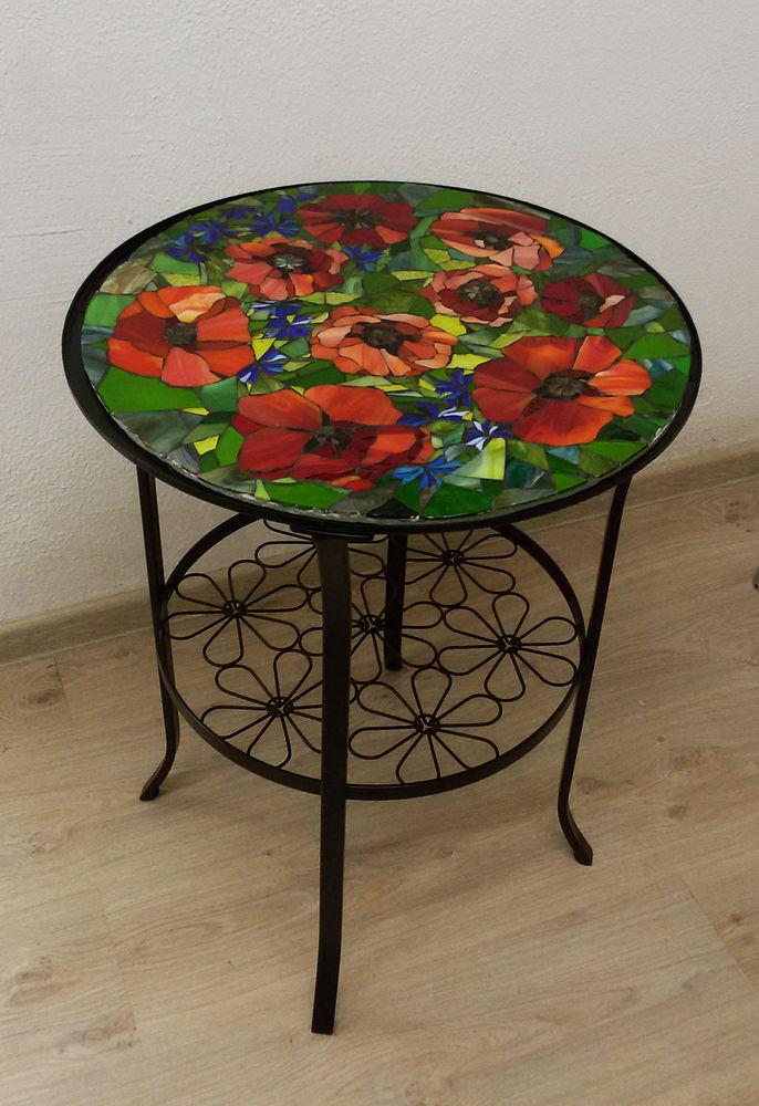 стол кофейный, стеклянная мозаика, обучение мозаике, маки, столик своими руками